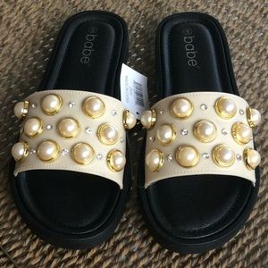 Shoes - Pearl Rhinestone Summer Sandals